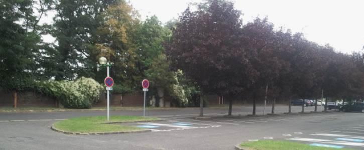 Accès Parking, Accueil des personnes à mobilité réduite